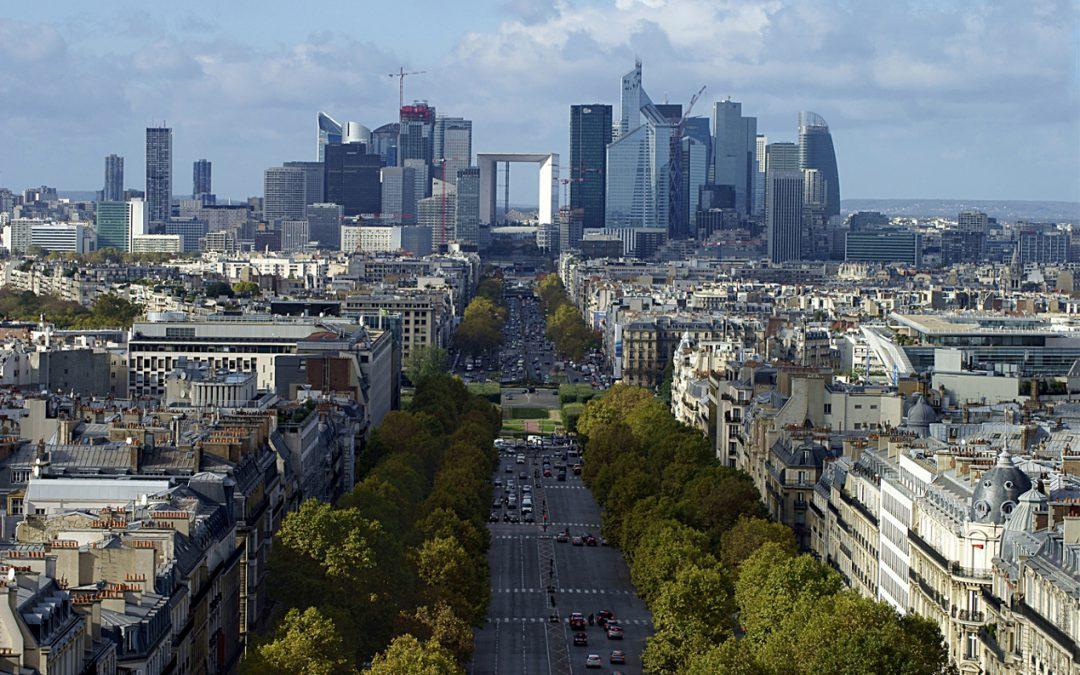 La Défense – futuristische Bürostadt im Pariser Westen